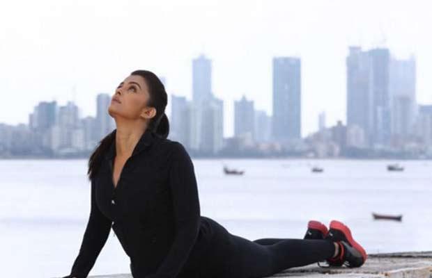 Aishwarya-Rai-Bachchan-005
