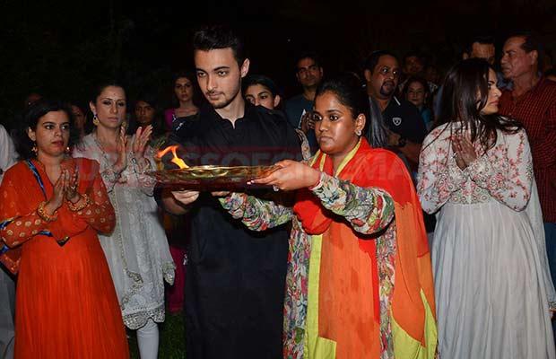 Salman-Khan-Ganpati-Visarajan-003