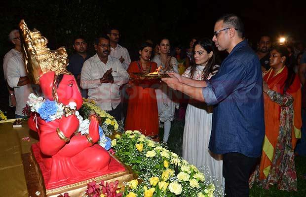 Salman-Khan-Ganpati-Visarajan-004