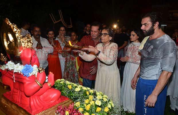 Salman-Khan-Ganpati-Visarajan-005