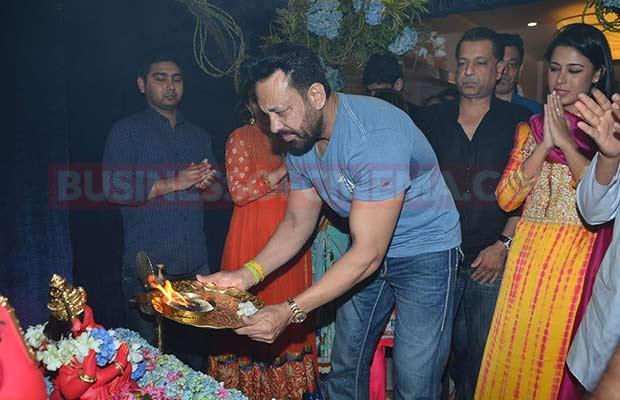 Salman-Khan-Ganpati-Visarajan-17