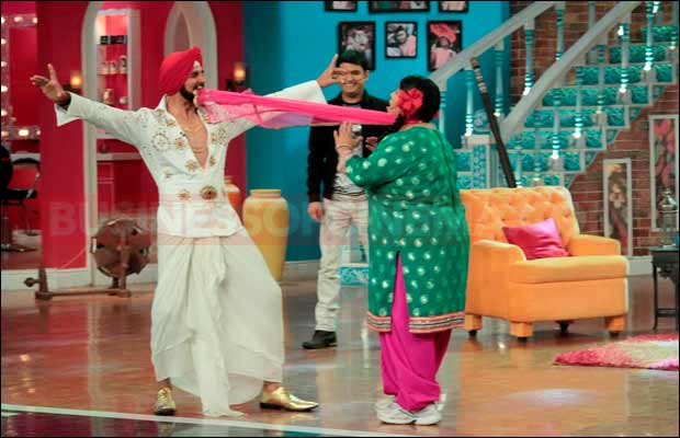 Singh-Is-Bling-cast-on-Comedy-Nights-With-Kapil7