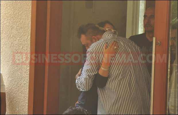 sanjay-dutt-leaves-for-jail3