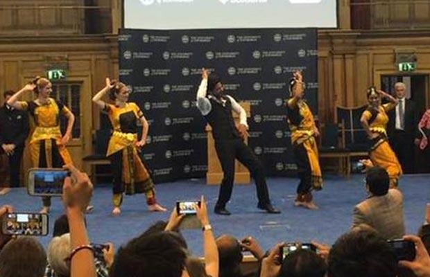 Lungi-Dance