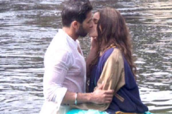 Ranbir-Kapoor-And-Deepika-Padukone2