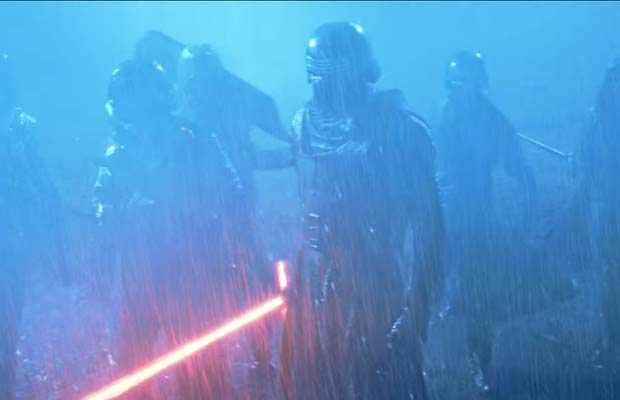 Star-Wars-The-Force-Awakens-Trailer13