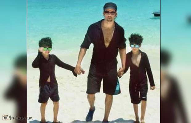 Hrithik-Roshan-Family