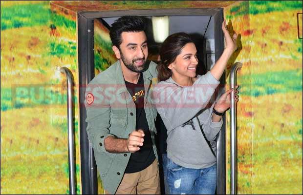 Ranbir-Deepika's-memorable-train-journey-5