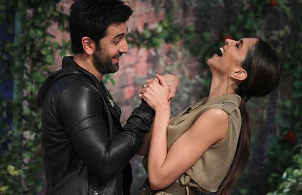 Ranbir-Kapoor-and-Deepika-Padukone-on-Comedy-Nights-with-Kapil-3