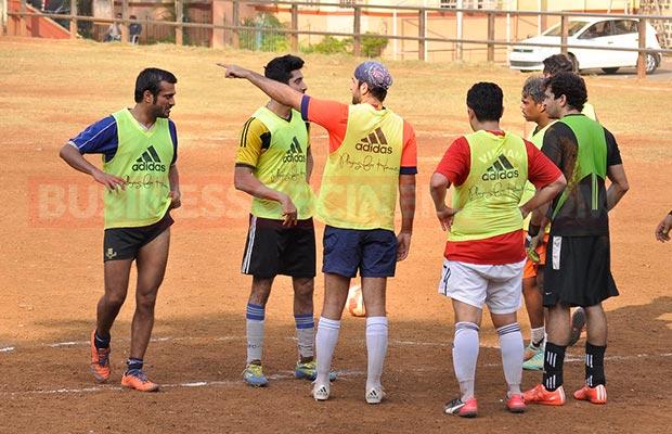 Ranbir-Sidharth-Match-0010