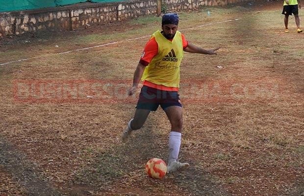 Ranbir-Sidharth-Match-009
