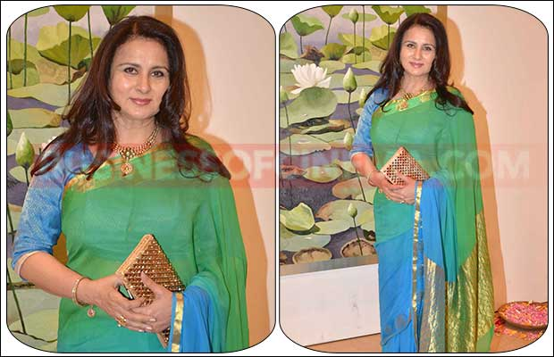 jaya-bachchan-art-exhibition-15