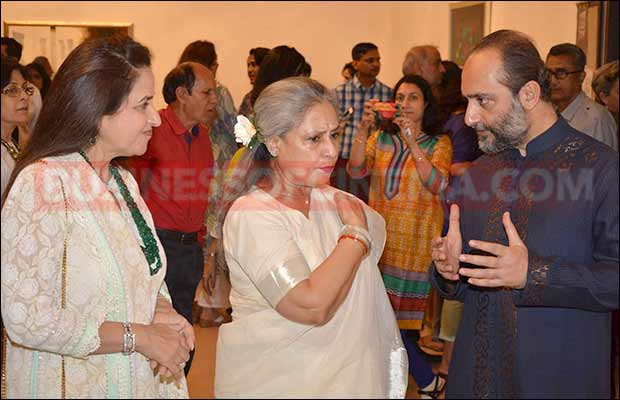 jaya-bachchan-art-exhibition-2