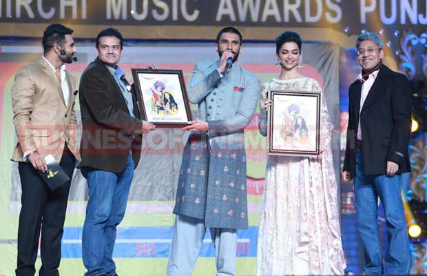 Radio-Mirchi-Amritsar-&-Patiala-Stations-Launched-by-Ranveer-Singh-and-Deepika-Padukone-2