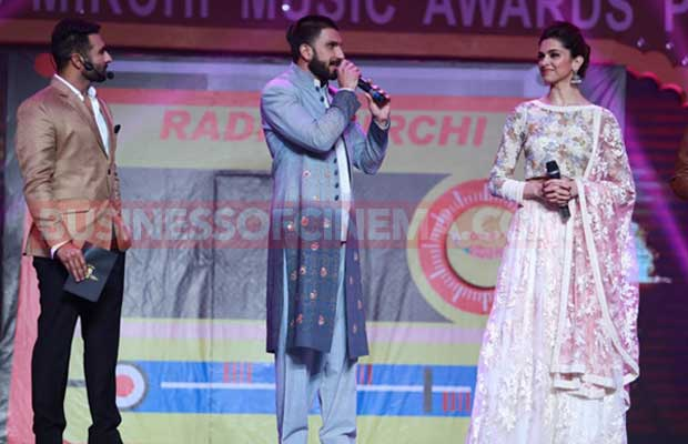 Radio-Mirchi-Amritsar-&-Patiala-Stations-Launched-by-Ranveer-Singh-and-Deepika-Padukone-3