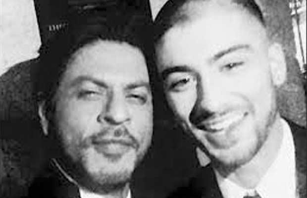 Shah-Rukh-Khan's-selfie-with-Zayn-Malik
