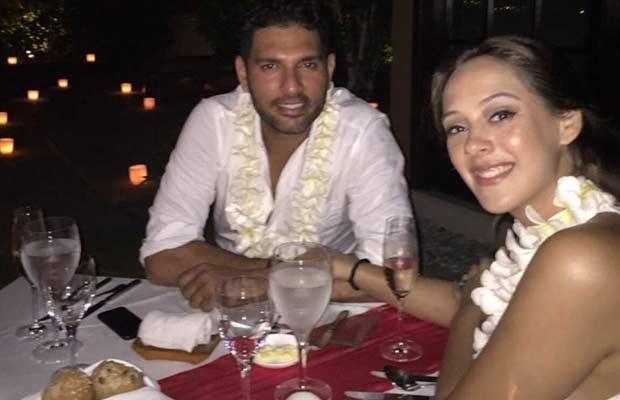 Yuvraj-Singh-and-Hazel-Keech's-engagement-in-Bali