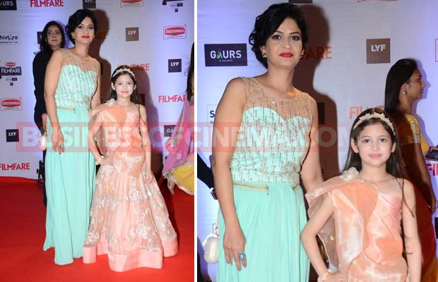 Harshali-Malhotra-&-HIs-Mom