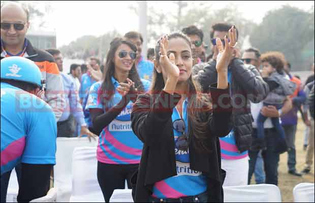 Bhojpuri-Dabanggs-Vs-Mumbai-Heroes-11