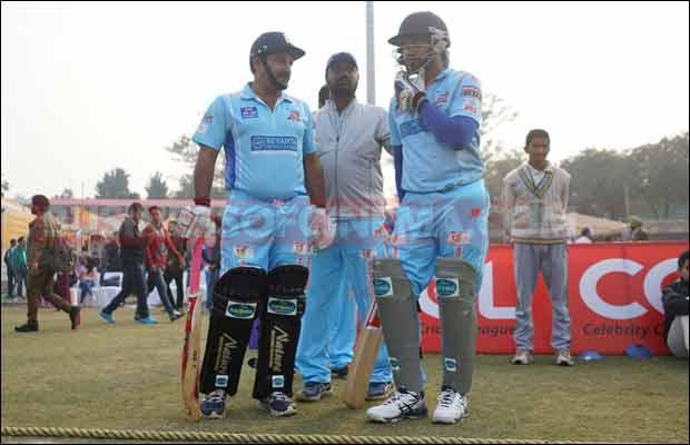 Bhojpuri-Dabanggs-Vs-Mumbai-Heroes-22