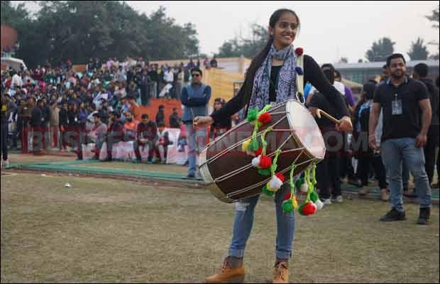 Bhojpuri-Dabanggs-Vs-Mumbai-Heroes-25