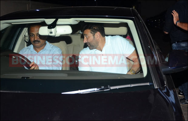 sunny-deol-snapped-2