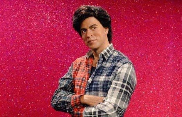 Shah Rukh Khan Fan 2016 Wallpapers: Just In: Shah Rukh Khan Dressed As Gaurav At Madame