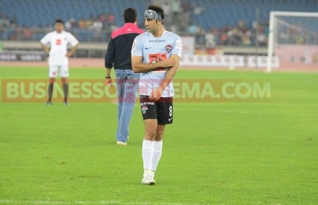 Ranbir-Kapoor-Soccer_5