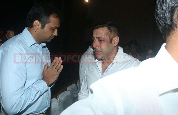 Salman Khan Prayer Meet 0010