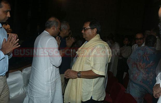 Salman Khan Prayer Meet 008
