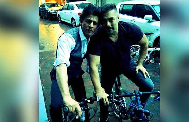 Shahrukhan-SalmanKhan-Cycle