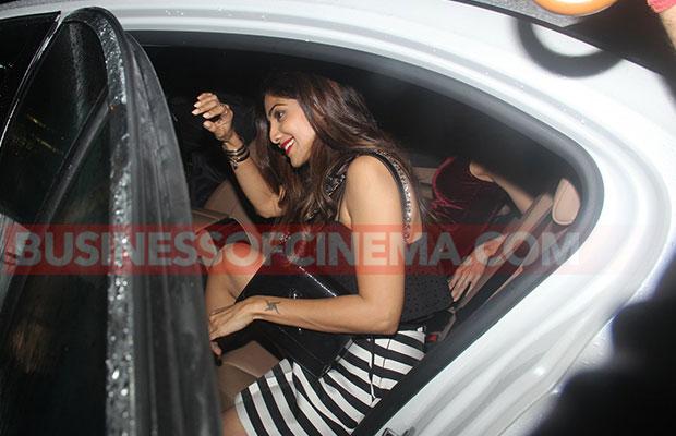 Shilpa-Shetty-Shamita-Shetty-snapped-4