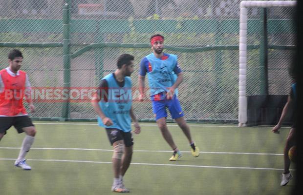 Ranbir-Kapoor-Soccer-Match-6