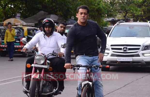 Salman Khan Cycle