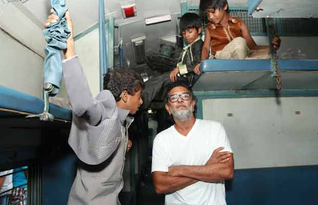 Rakeysh Omprakash Mehra Shoots Film Inside Delhi Bound Train