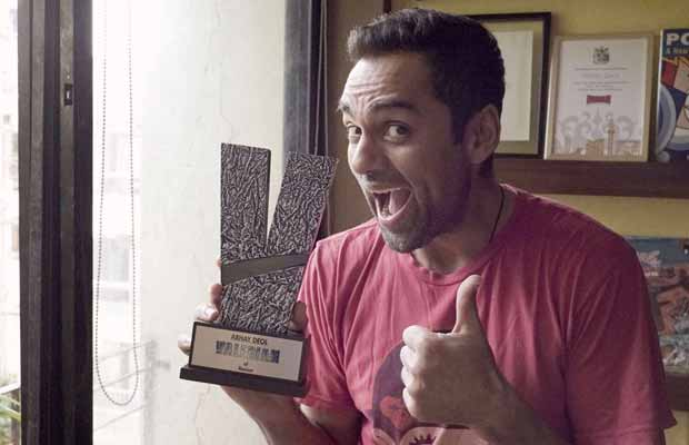 Abhay Deol Gets Awarded For His Fight Against Racism!