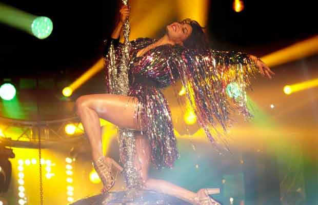 Disco Disco from A Gentleman Is Jacqueline Fernandez Hottest Song Ever!
