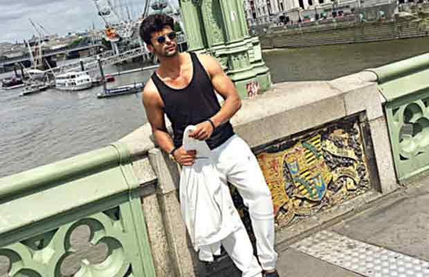 Beyhadh Actor Kushal Tandon Met A Girl In London For Marriage?