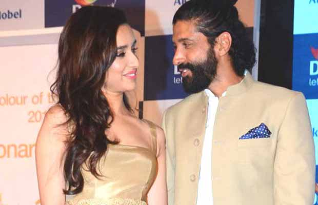 This Cute Conversation Between Rumoured Couple Shraddha Kapoor And Farhan Akhtar Hints About Their Relationship?