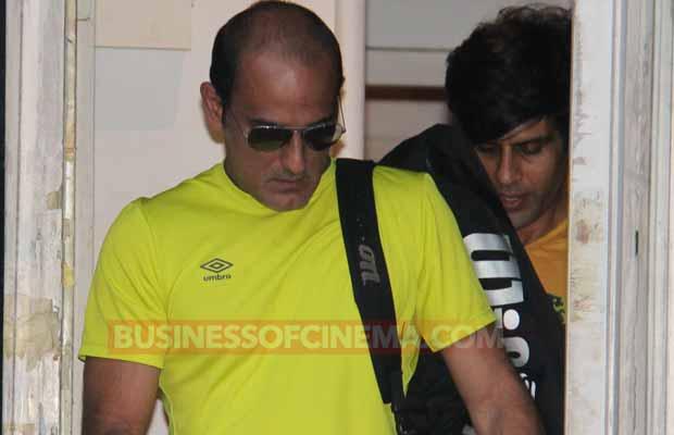 MOM Actor Akshaye Khanna Caught Back In City