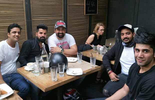 Rannvijay Singha Took His Fans On A Bike Ride With Him!