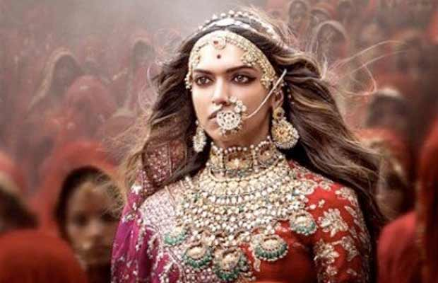 Did You Notice The Release Date On New Padmavati Poster?