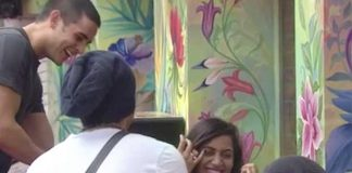 Bigg Boss 11: Arshi Khan Asks Something Very Shocking To Vikas Gupta That Leaves Him Embarrassed!
