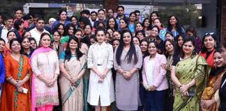 Taapsee Pannu Lends Support To Her School Teachers Achievement